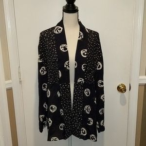 Women's Cover.  Long sleeve flowy cover size 8.